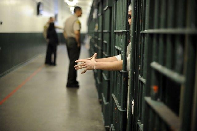اجاره سند برای وثیقه زندانی